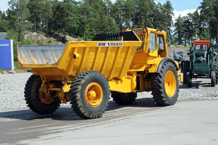 vecchi caricatori gommati serie Volvo LM 846 (L50) (L70) BMVolvoGruskalleLJ03