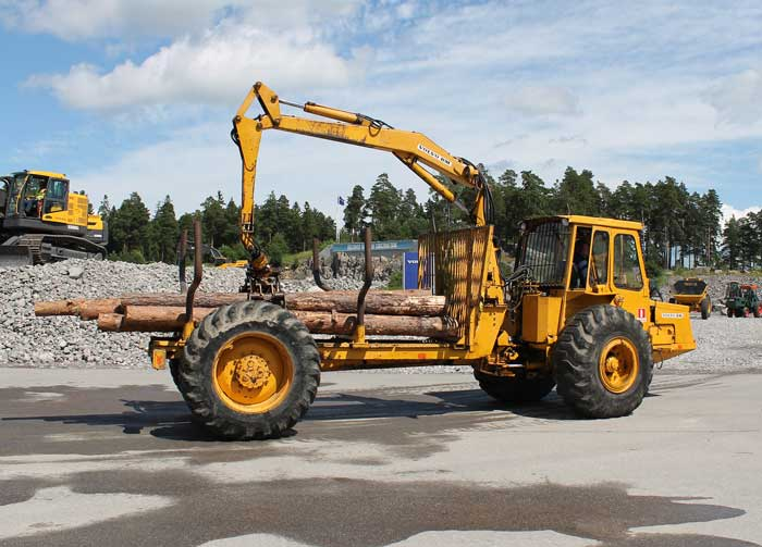 vecchi caricatori gommati serie Volvo LM 846 (L50) (L70) VolvoSM462LJ03